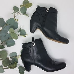 SAM ELDEMAN Maddox Black Booties Boots 7M